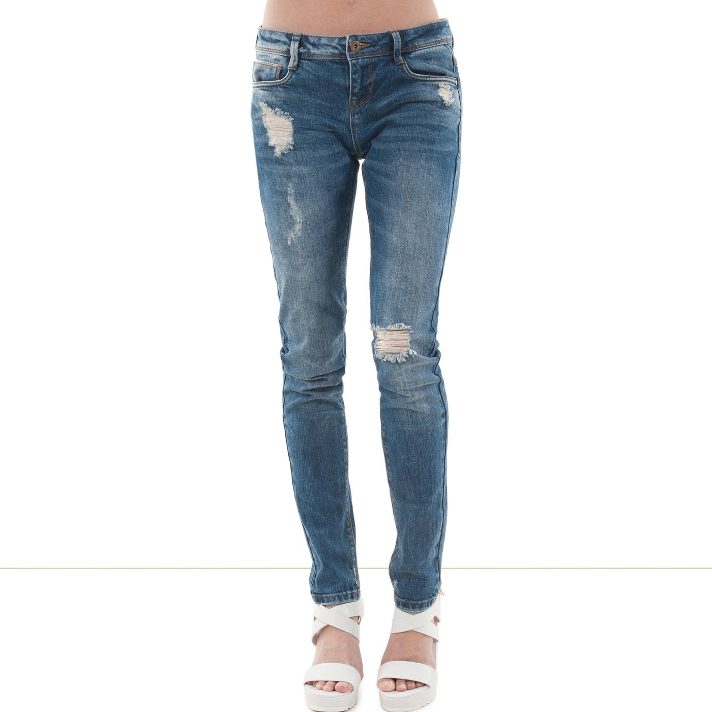 Devenez le pro du jean féminin en deux clics