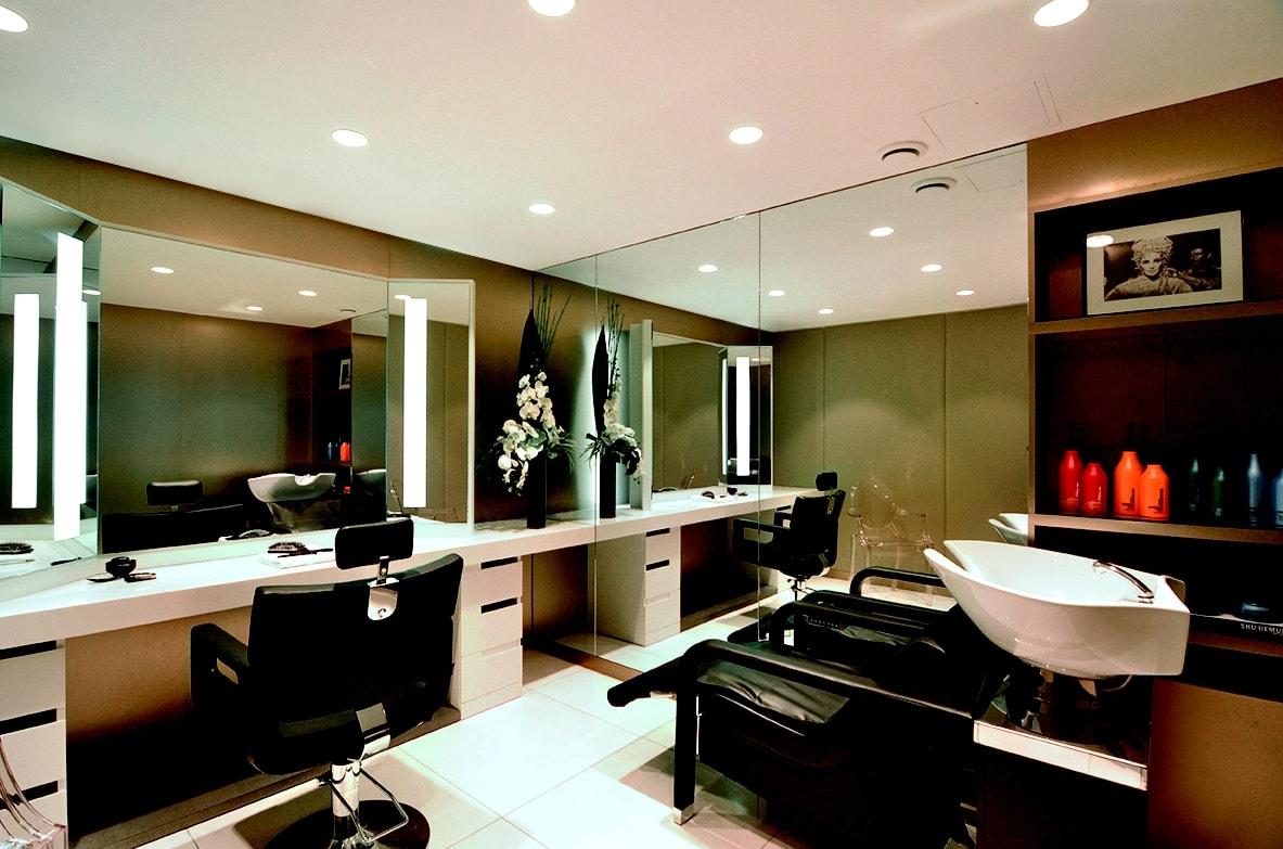 Salons de coiffure a paris coiffures la mode de la for Salon de coiffure paris 8