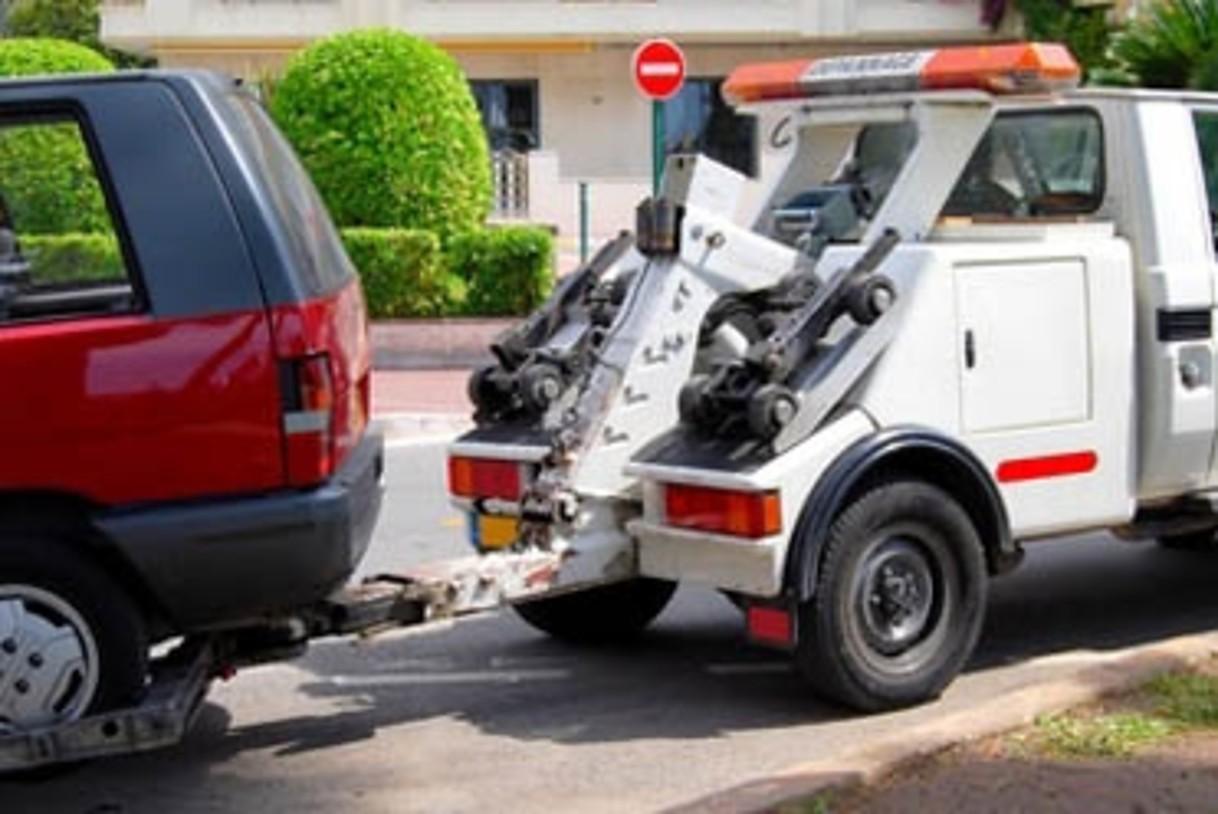Contacter la police ou la gendarmerie pour récupérer sa voiture